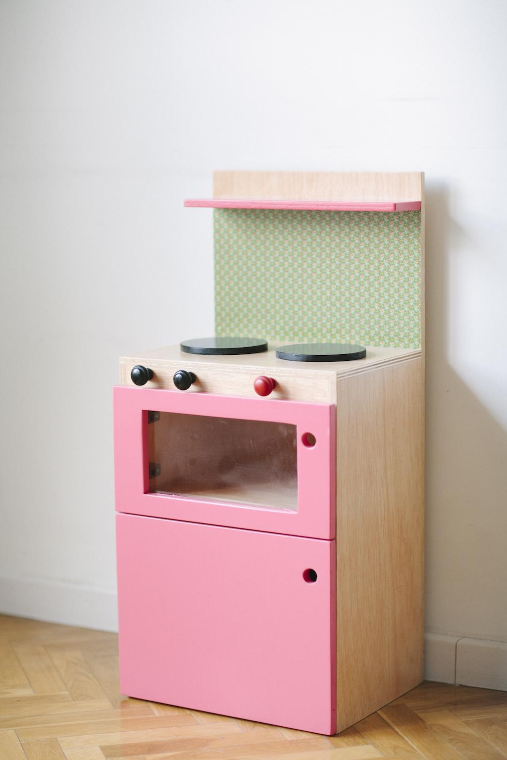 Cocina de madera juguete interesting los nios de madera for Cocina de madera juguete