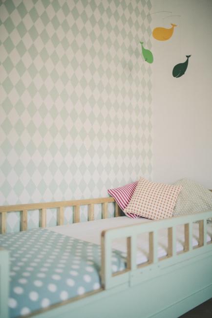 papel pintado habitacion bebe nia