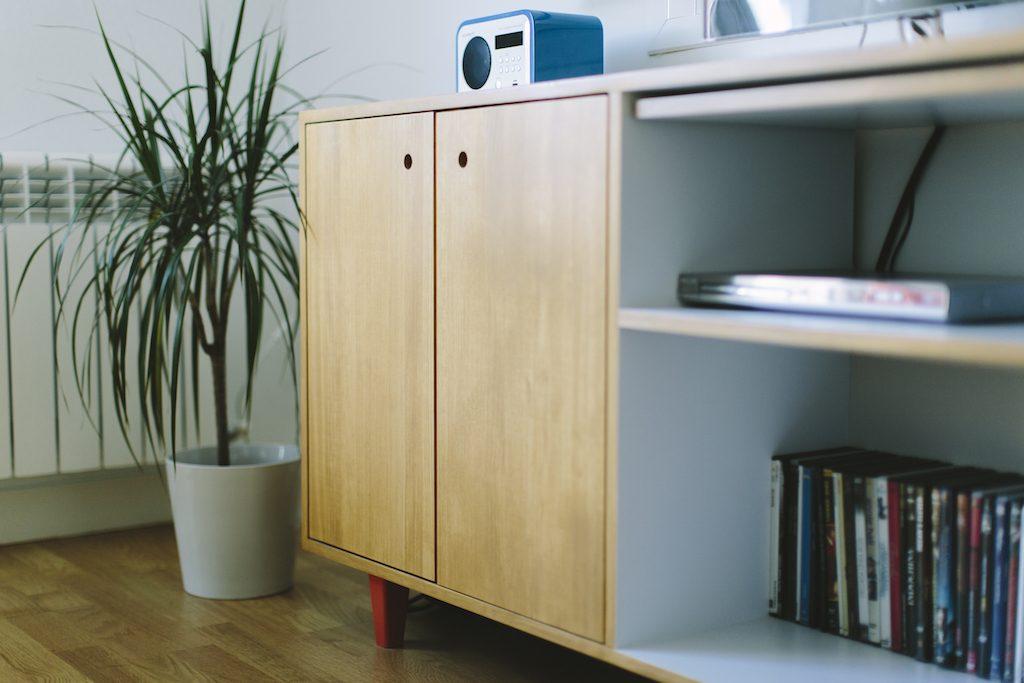 Picapino-mueble-medida-madera-aparador-nordico-salon-carpinteria-ebanisteria-2