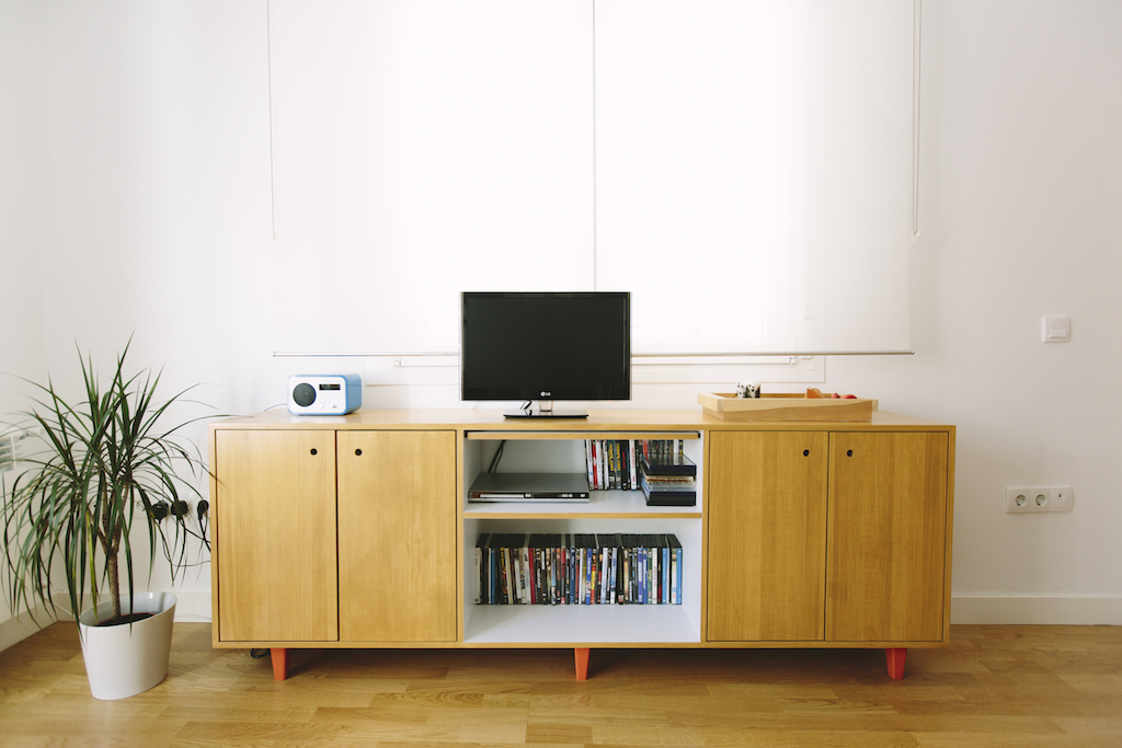 Mueble de la tele para elena picapino for Mueble nordico salon